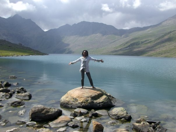 A happy Curline at Gangabal Lake, India.