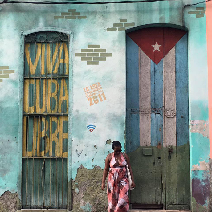 Fana cheerful in Cuba! :)